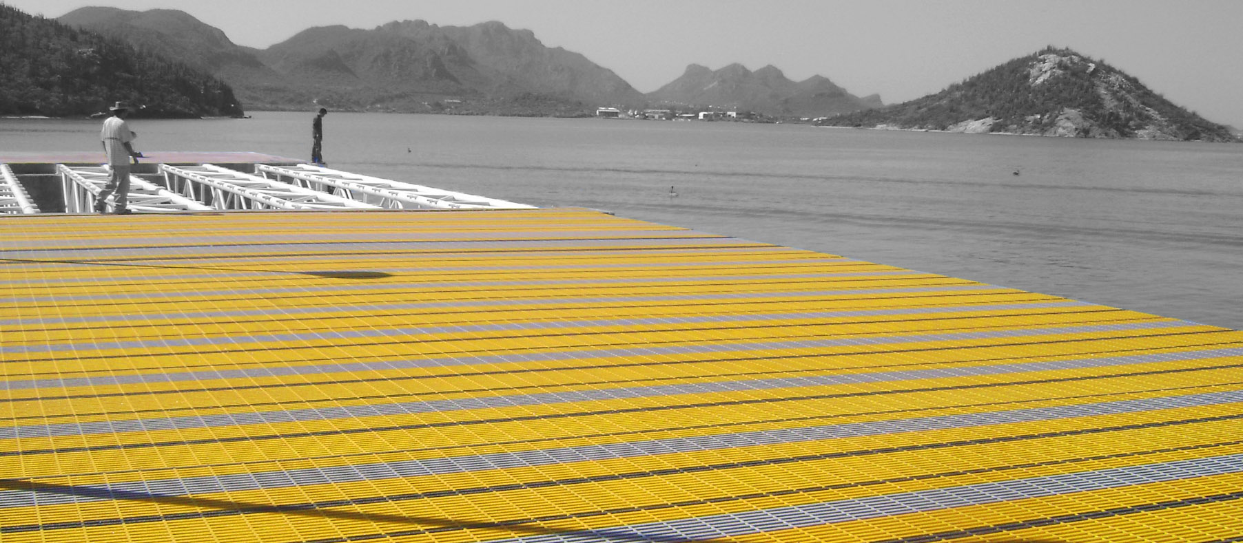 Yellow G R P Pultruded Grating F R P Dock Deck